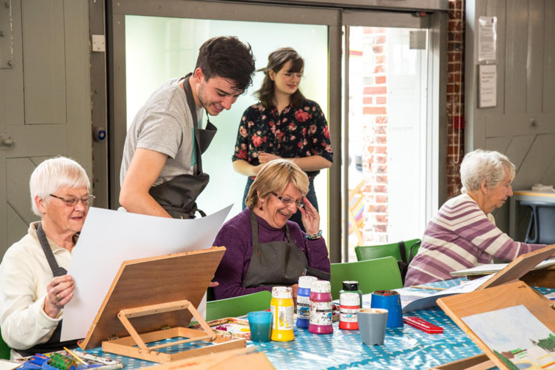 Aspex's Generate - arts workshop for people with dementia.
